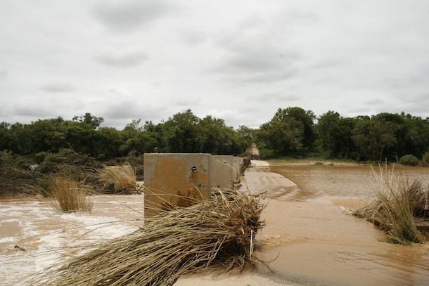 Camp Jabulani - River flooding
